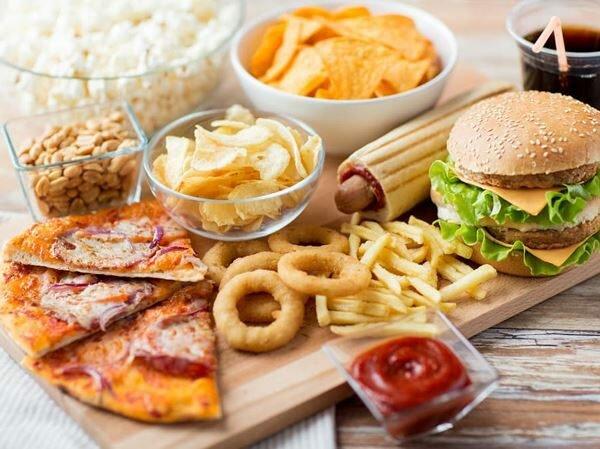 Thực phẩm đóng vai trò quan trọng trong việc hỗ trợ điều trị viêm khớp và dự phòng tái phát