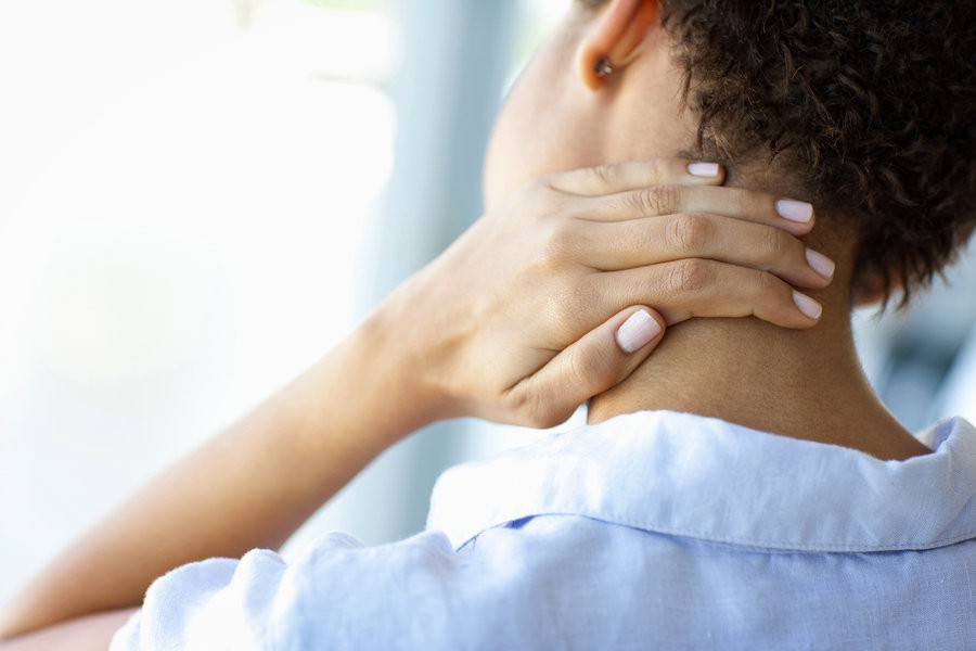 Hình ảnh đau đầu sau gáy ở bệnh nhân