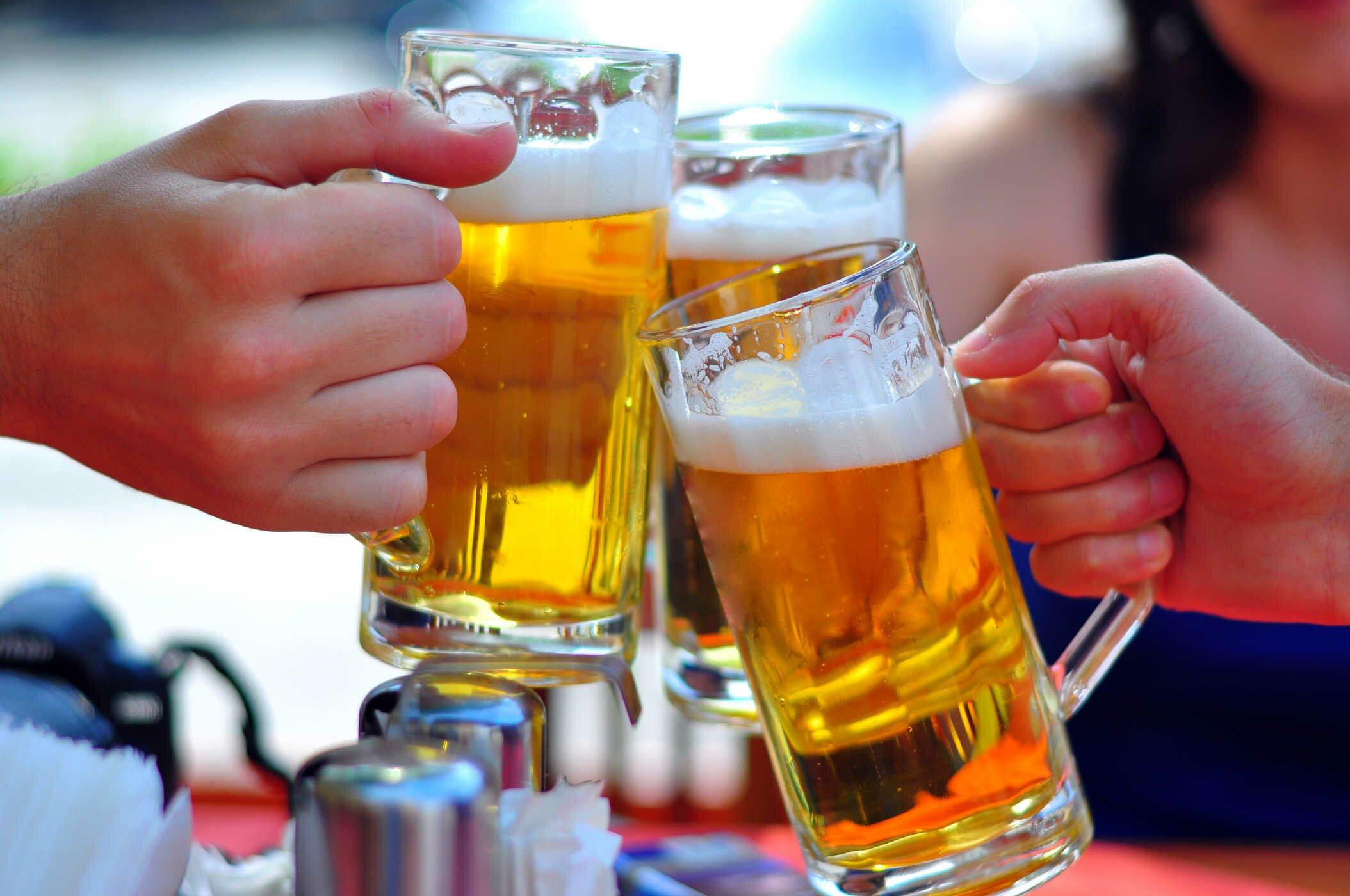 Không lạm dụng bia rượu và các chất kích thích