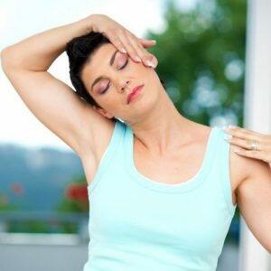 Bài tập cải thiện sức khỏe đốt sống cổ