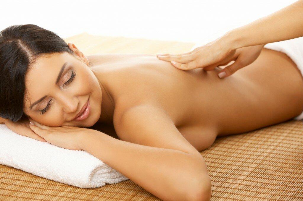 Massage không chỉ giúp giảm đau lưng mà còn khiến tinh thần trở nên thoải mái hơn
