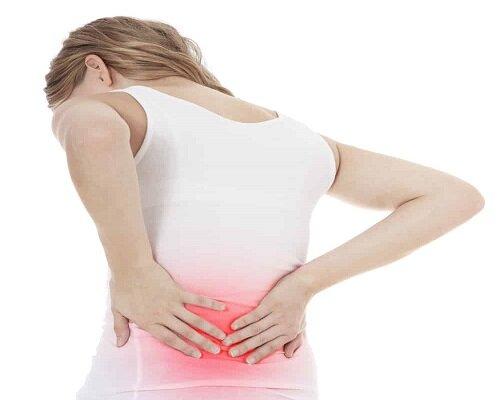 Đau vùng thắt lưng ở phụ nữ gây ra nhiều khó khăn trong sinh hoạt hàng ngày