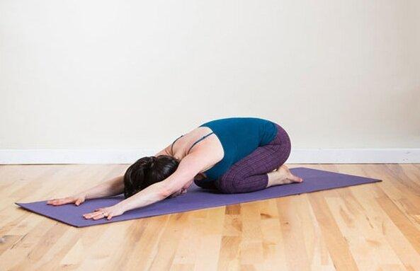 Hình ảnh yoga cho người đau vai gáy
