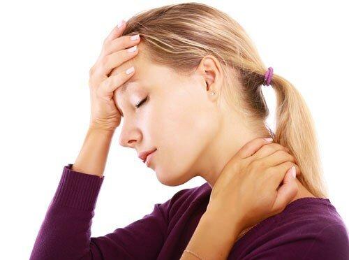 Đau nửa đầu vai gáy là bệnh gì?