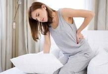 Đau lưng tiểu buốt ảnh hưởng không nhỏ đến sinh hoạt và làm việc