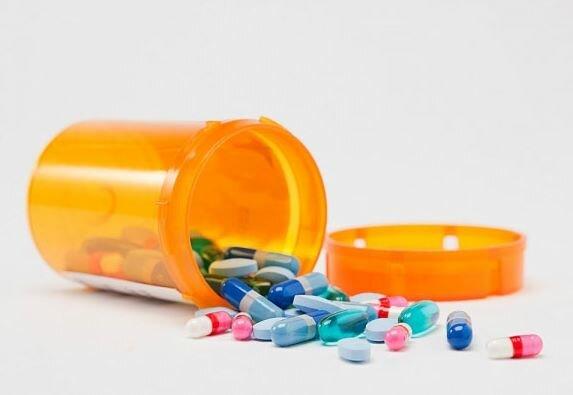 Gai cột sống uống thuốc gì đây?