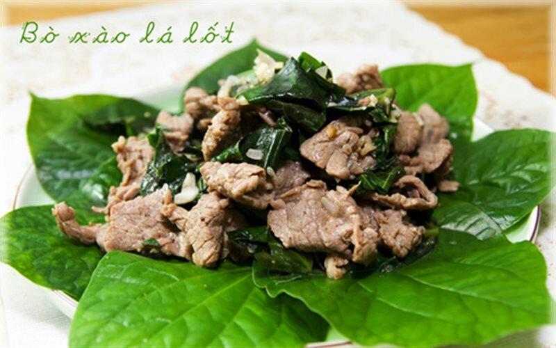 Thịt bò xào lá lốt chữa gai cột sống