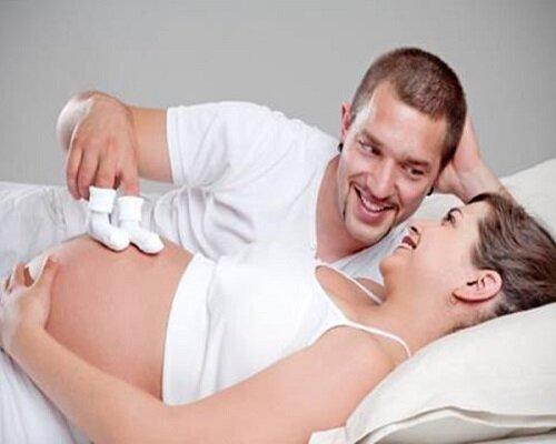 Nam giới sử dụng thuốc Mensterona để tăng khả năng có con