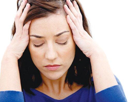 Triệu chứng thoái hóa đốt sống cổ gây đau đầu